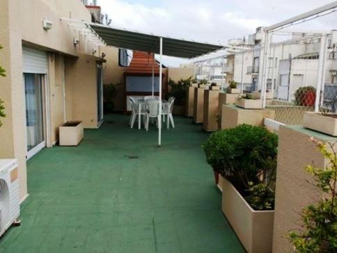 Brown 1600 Depto tipo Penthouse ampia terraza con parrilla
